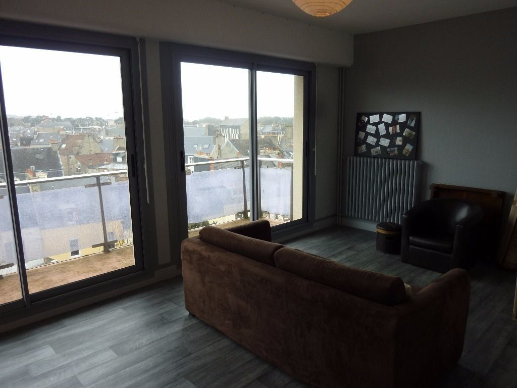 Appartement à louer 2 50m2 à Cherbourg-Octeville vignette-1