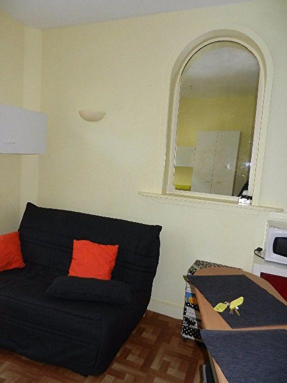 Appartement à louer 1 13m2 à Cherbourg-Octeville vignette-3