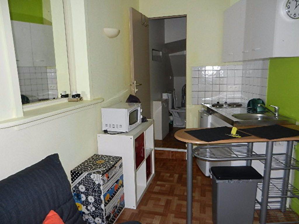 Appartement à louer 1 13m2 à Cherbourg-Octeville vignette-4