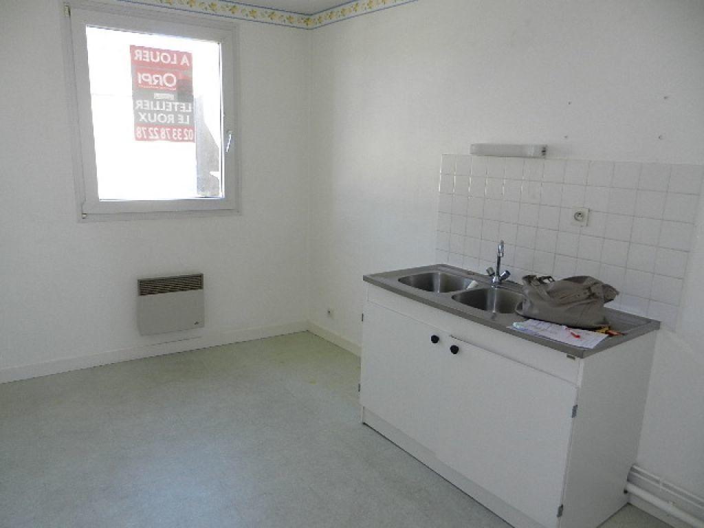 Appartement à louer 2 53m2 à Équeurdreville-Hainneville vignette-3