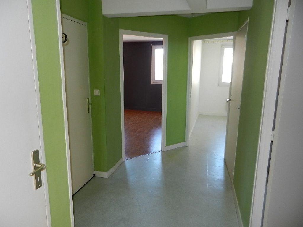 Appartement à louer 2 53m2 à Équeurdreville-Hainneville vignette-4