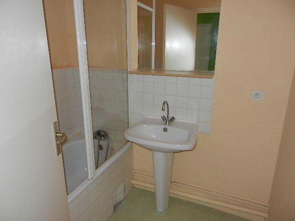 Appartement à louer 2 53m2 à Équeurdreville-Hainneville vignette-5
