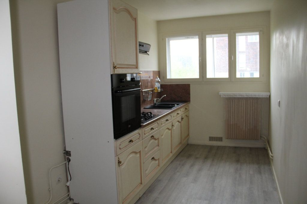 Appartement à vendre 4 81m2 à Cherbourg-Octeville vignette-2