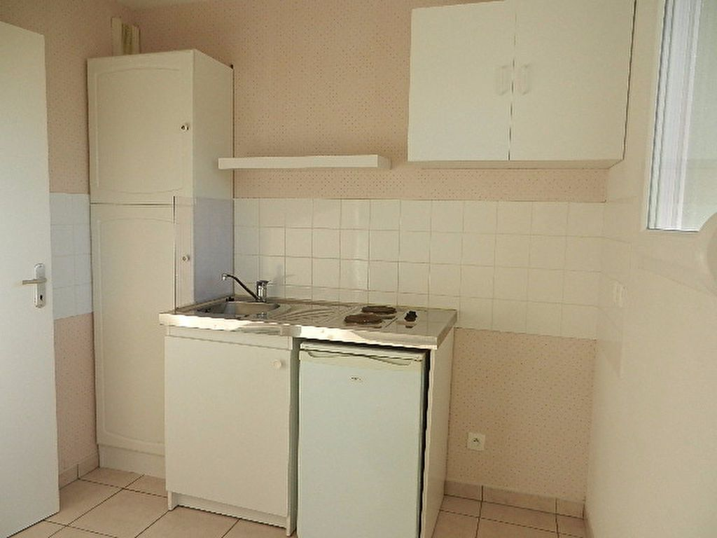 Appartement à louer 2 46.1m2 à La Glacerie vignette-7
