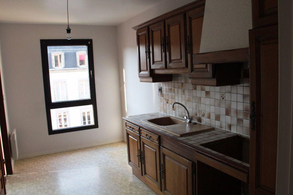 Appartement à vendre 3 70m2 à Cherbourg-Octeville vignette-2