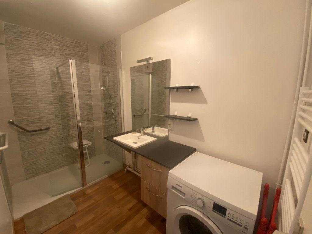 Appartement à vendre 3 70m2 à Cherbourg-Octeville vignette-3