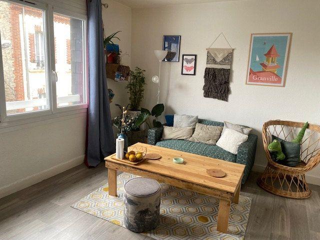 Appartement à louer 1 27.45m2 à Cherbourg-Octeville vignette-1