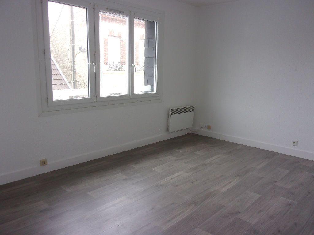 Appartement à louer 1 27.45m2 à Cherbourg-Octeville vignette-2