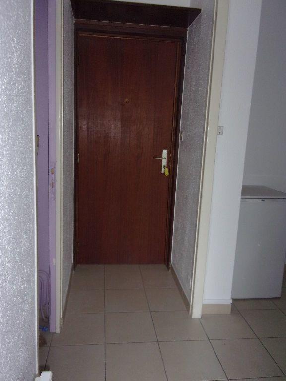 Appartement à louer 1 27.45m2 à Cherbourg-Octeville vignette-5