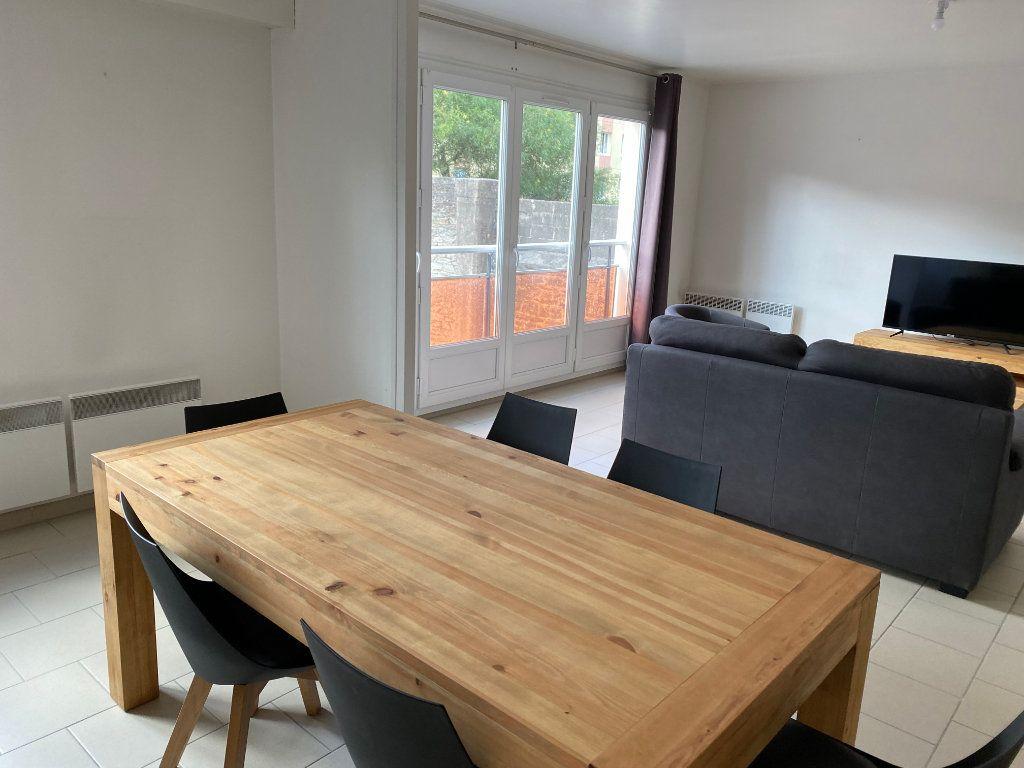 Appartement à louer 4 83m2 à Cherbourg-Octeville vignette-3