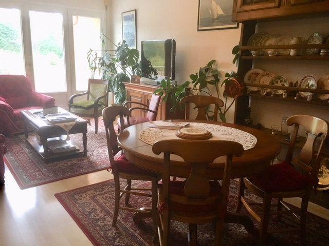 Appartement à louer 4 82m2 à Équeurdreville-Hainneville vignette-1