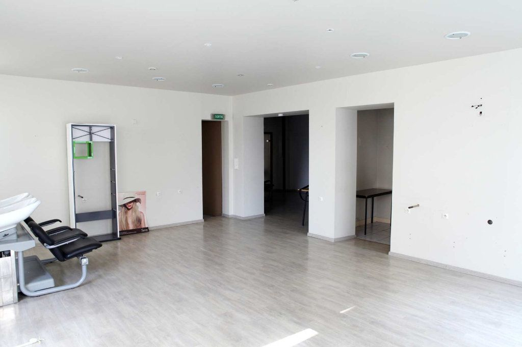 Immeuble à vendre 0 239.41m2 à Cherbourg-Octeville vignette-3