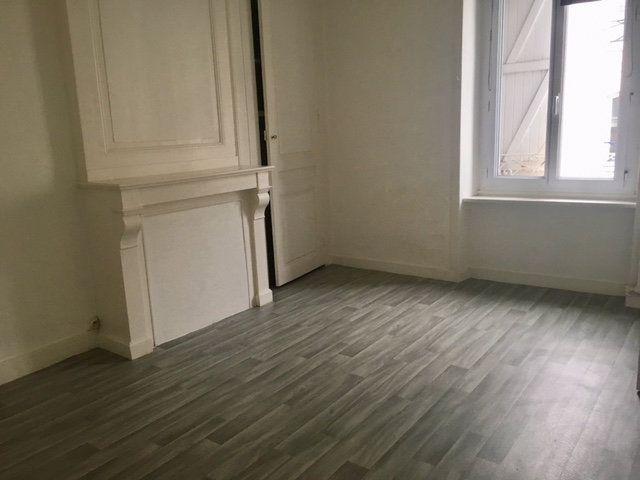Appartement à louer 2 49.5m2 à Équeurdreville-Hainneville vignette-2