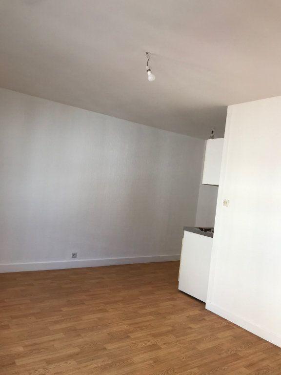 Appartement à louer 1 22m2 à Cherbourg-Octeville vignette-4