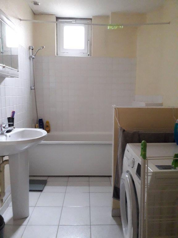 Appartement à louer 2 47.5m2 à Cherbourg-Octeville vignette-3
