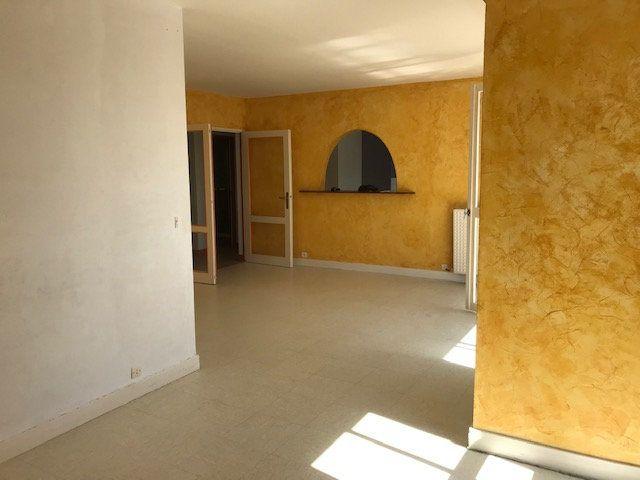 Appartement à louer 4 80m2 à Cherbourg-Octeville vignette-2