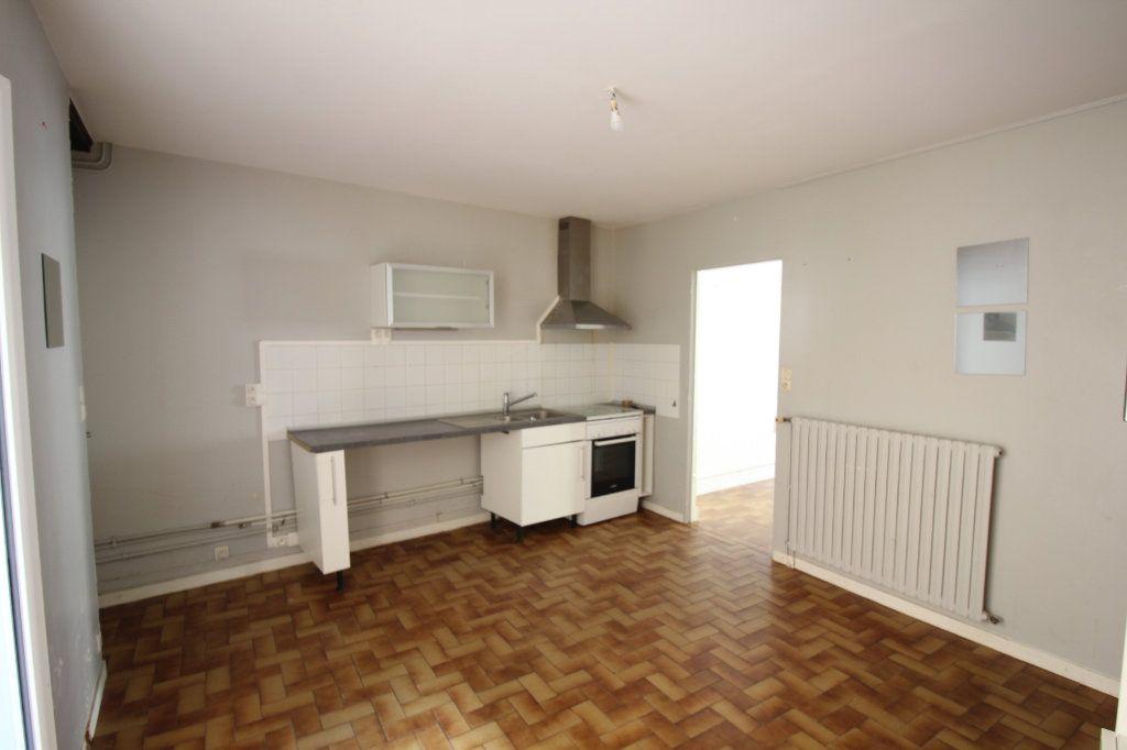 Maison à vendre 5 107m2 à Cherbourg-Octeville vignette-4
