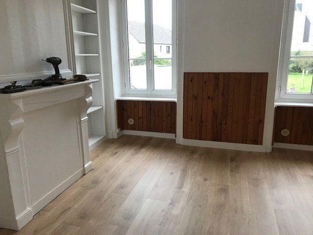 Appartement à louer 3 45m2 à Équeurdreville-Hainneville vignette-4