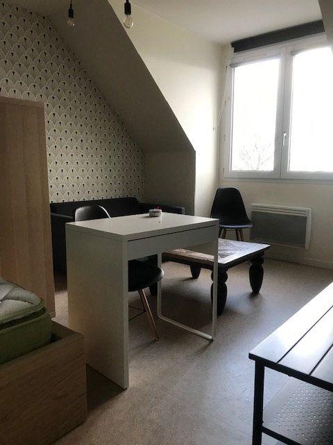 Appartement à louer 1 19m2 à Cherbourg-Octeville vignette-1