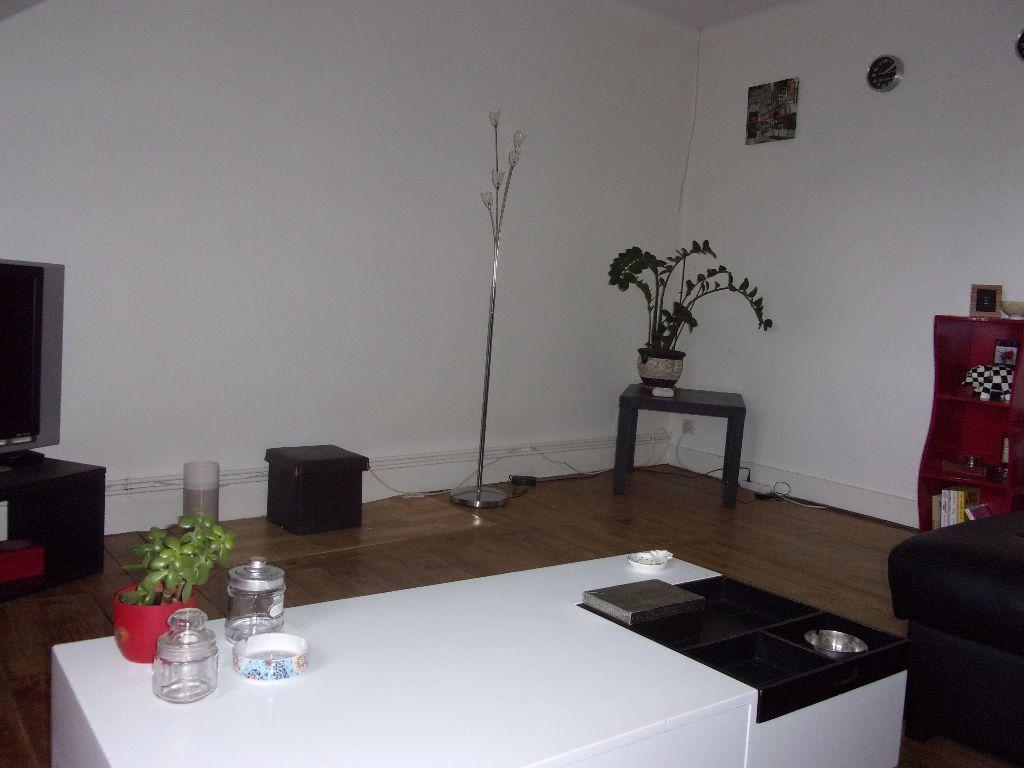 Appartement à louer 3 50.74m2 à Cherbourg-Octeville vignette-3