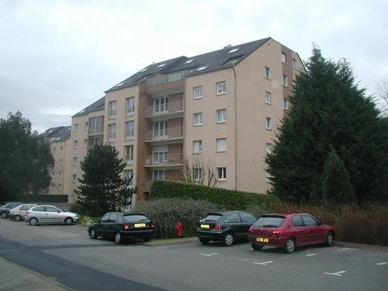 Appartement à louer 1 35m2 à Équeurdreville-Hainneville vignette-1