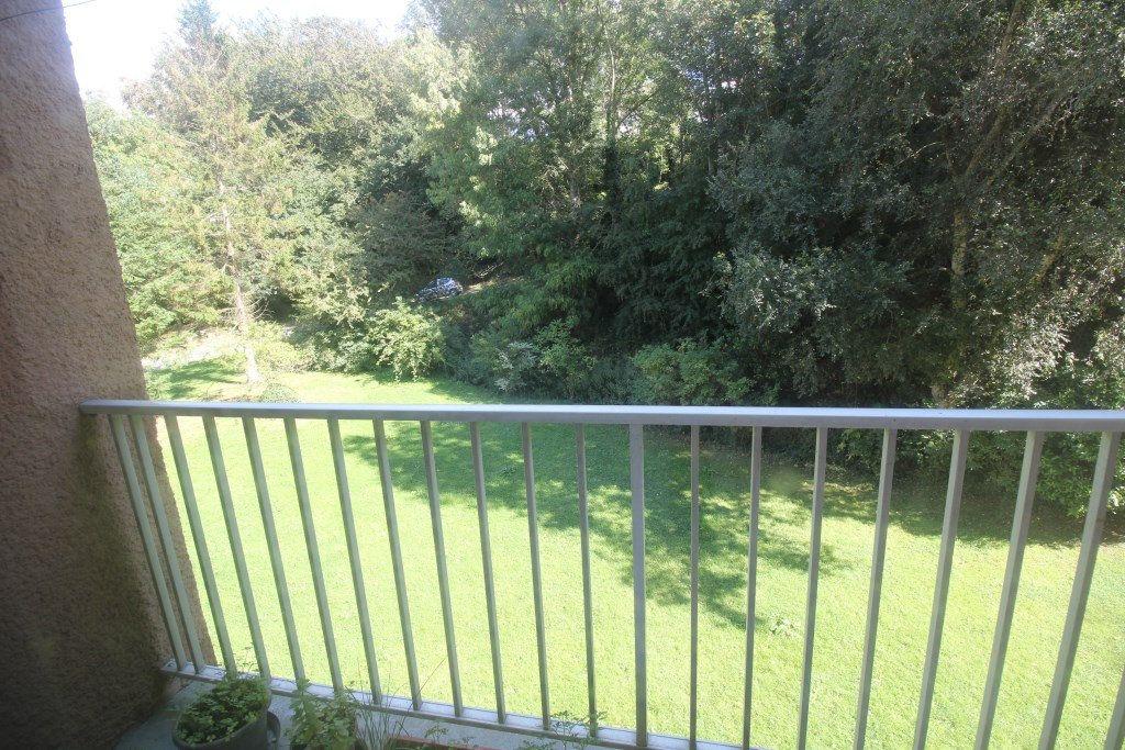 Appartement à vendre 2 50m2 à Équeurdreville-Hainneville vignette-2