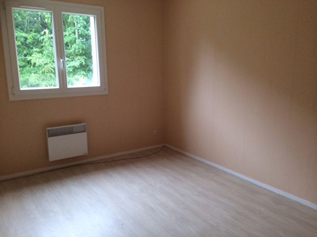 Appartement à vendre 2 50m2 à Équeurdreville-Hainneville vignette-4