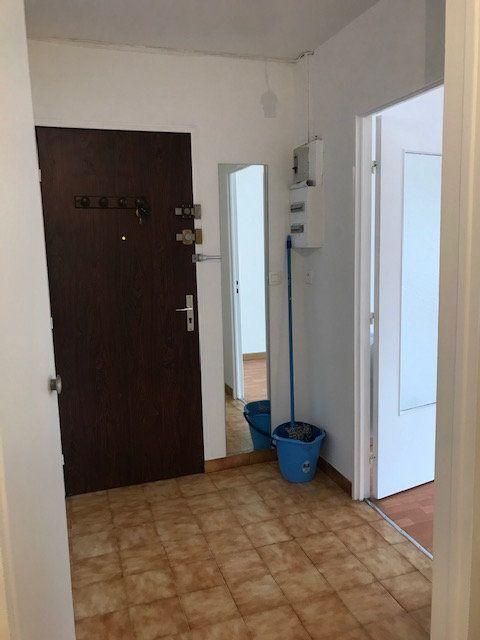 Appartement à louer 2 57.03m2 à Cherbourg-Octeville vignette-2
