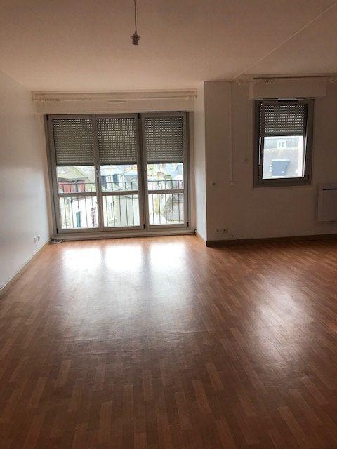 Appartement à louer 2 57.03m2 à Cherbourg-Octeville vignette-3