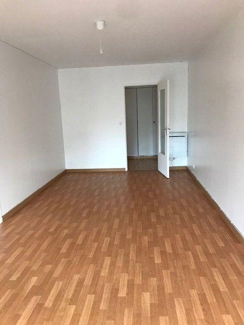 Appartement à louer 2 57.03m2 à Cherbourg-Octeville vignette-6