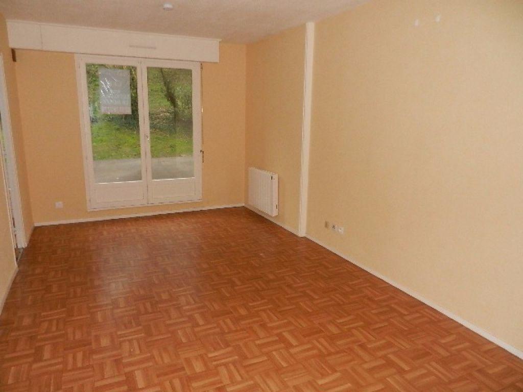 Appartement à vendre 2 41m2 à Équeurdreville-Hainneville vignette-3