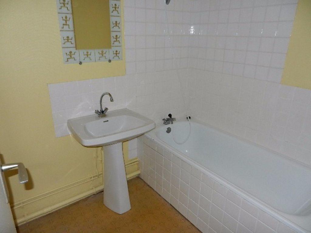 Appartement à vendre 2 41m2 à Équeurdreville-Hainneville vignette-6