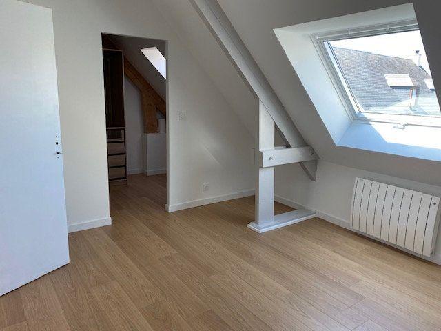 Maison à louer 5 119.28m2 à Tourlaville vignette-5