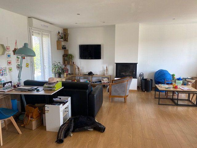 Maison à louer 4 74.5m2 à Urville-Nacqueville vignette-5