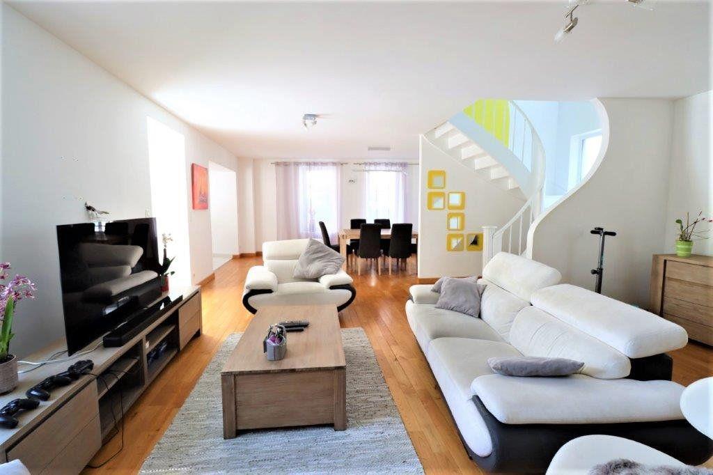 Maison à vendre 6 241m2 à Cherbourg-Octeville vignette-1