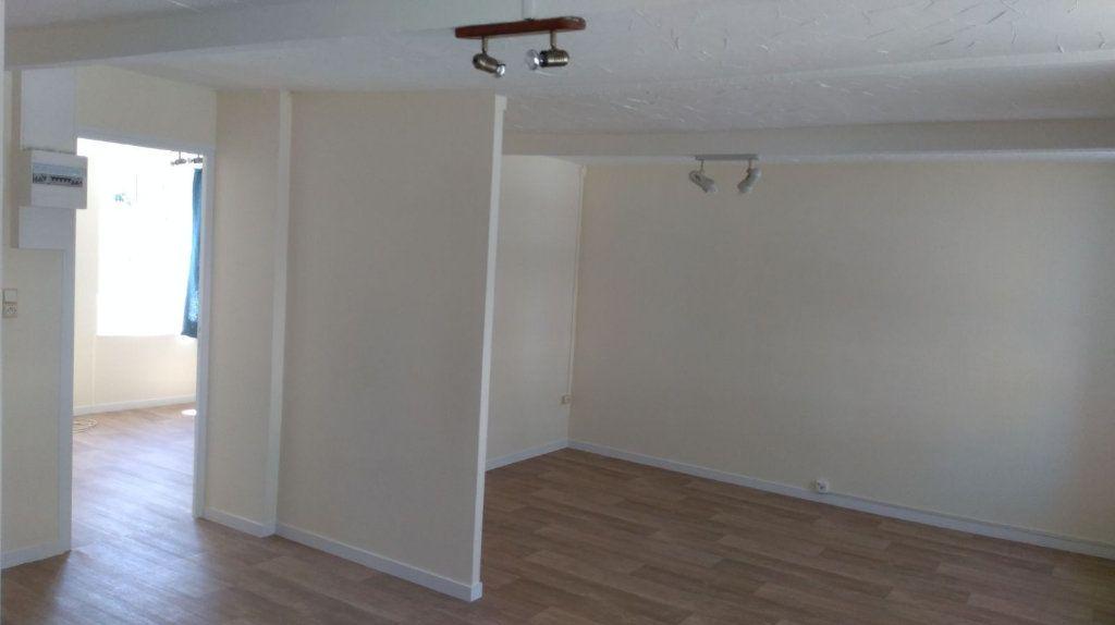 Appartement à louer 2 40.66m2 à Équeurdreville-Hainneville vignette-12