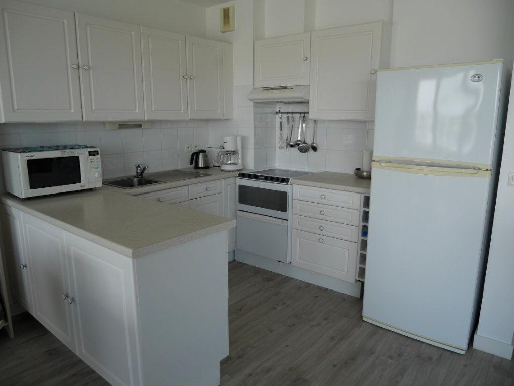Appartement à vendre 4 73m2 à Arzon vignette-4