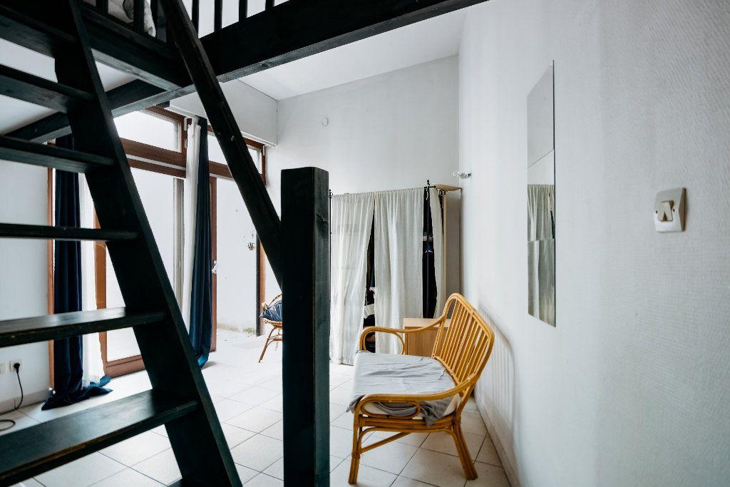 Appartement à vendre 1 20m2 à Lille vignette-7