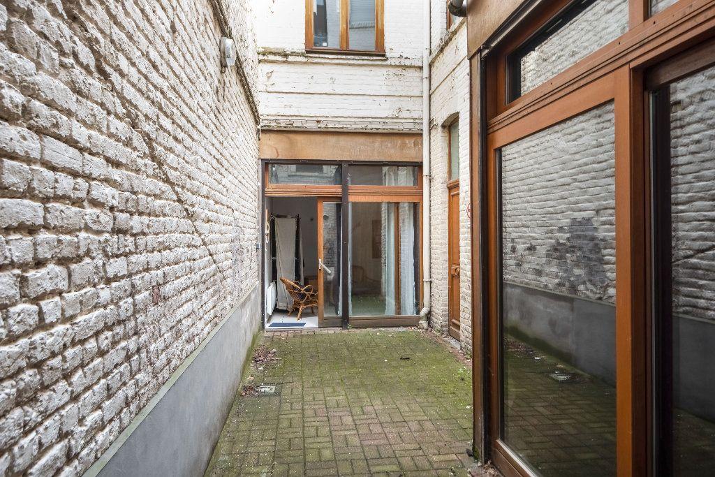 Appartement à vendre 1 20m2 à Lille vignette-11