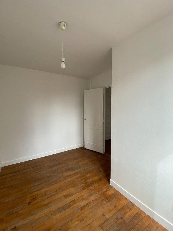 Appartement à louer 3 44.39m2 à Saint-Ouen vignette-6