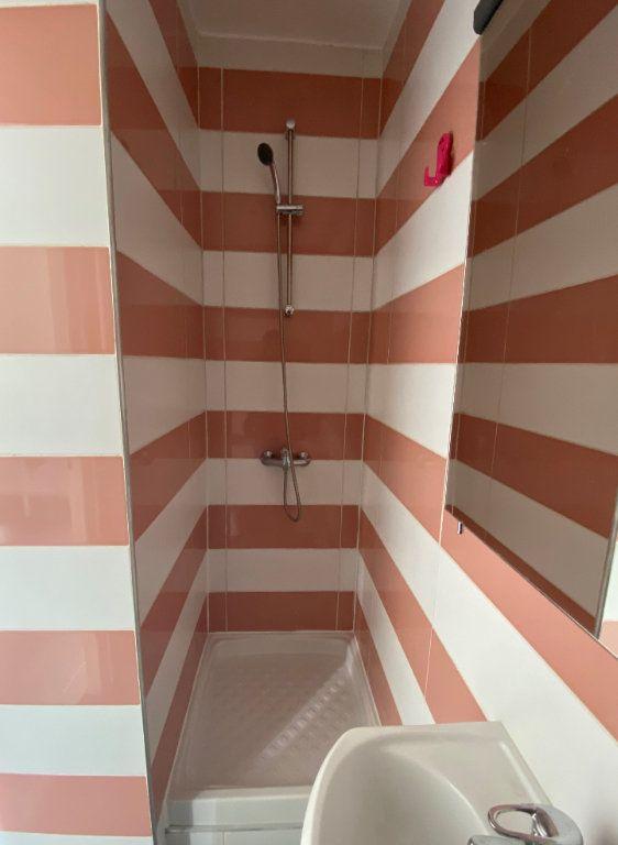 Appartement à louer 1 16.52m2 à Saint-Ouen vignette-4