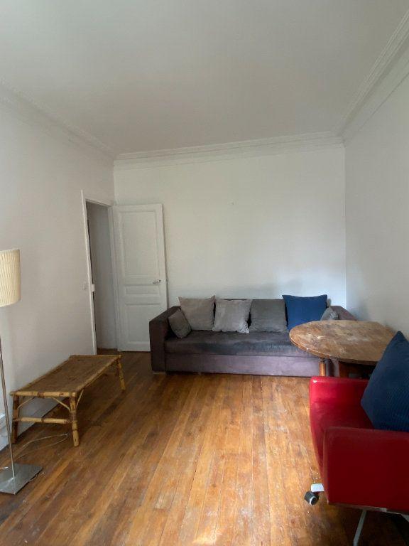 Appartement à louer 2 38.65m2 à Saint-Ouen vignette-3