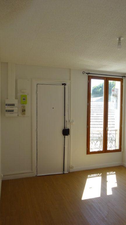 Appartement à louer 1 34.01m2 à Saint-Ouen vignette-2