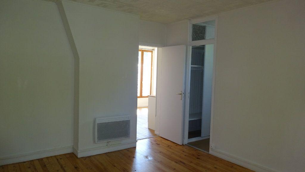 Appartement à louer 1 34.01m2 à Saint-Ouen vignette-3