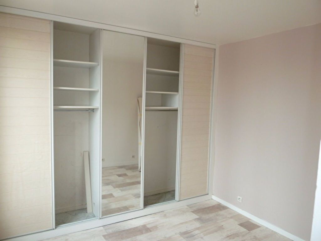 Appartement à louer 2 29.14m2 à Saint-Ouen vignette-3