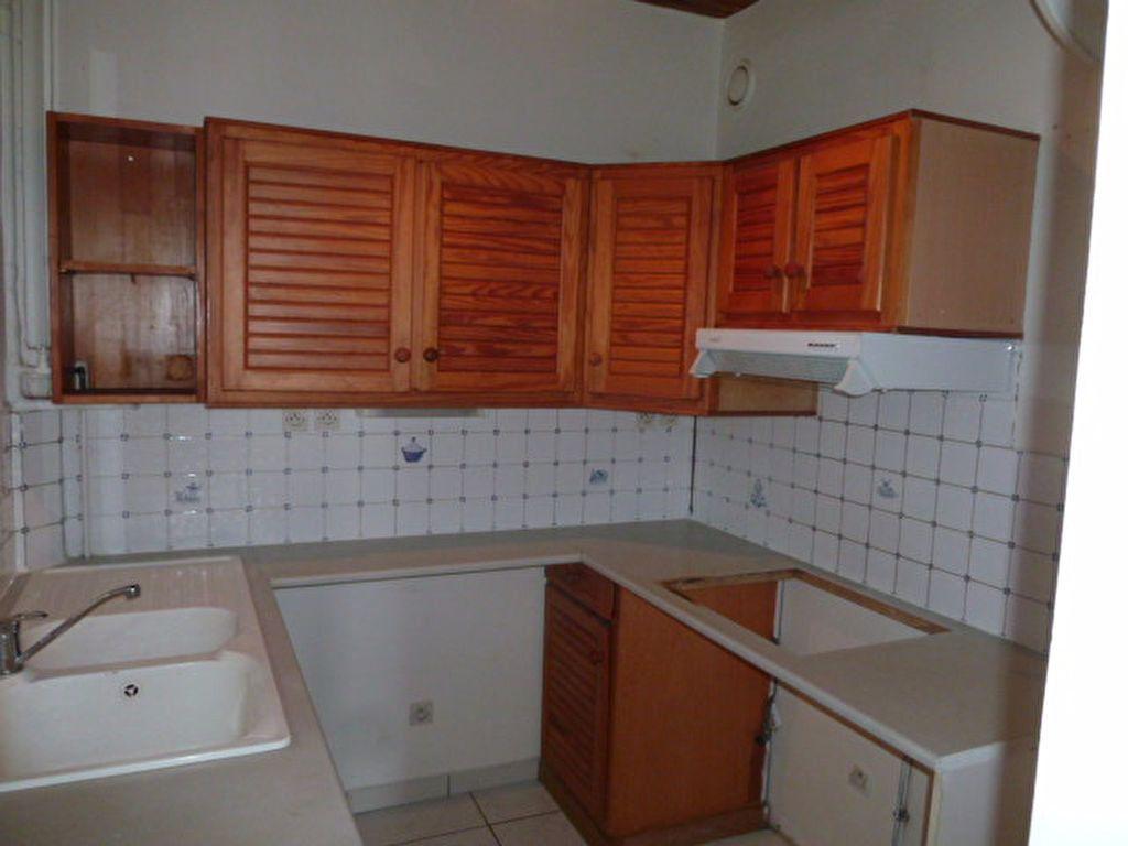 Appartement à louer 2 29.14m2 à Saint-Ouen vignette-4