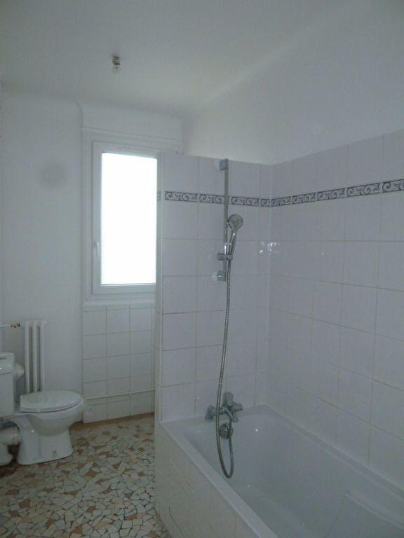 Appartement à louer 3 62.14m2 à Saint-Ouen vignette-5