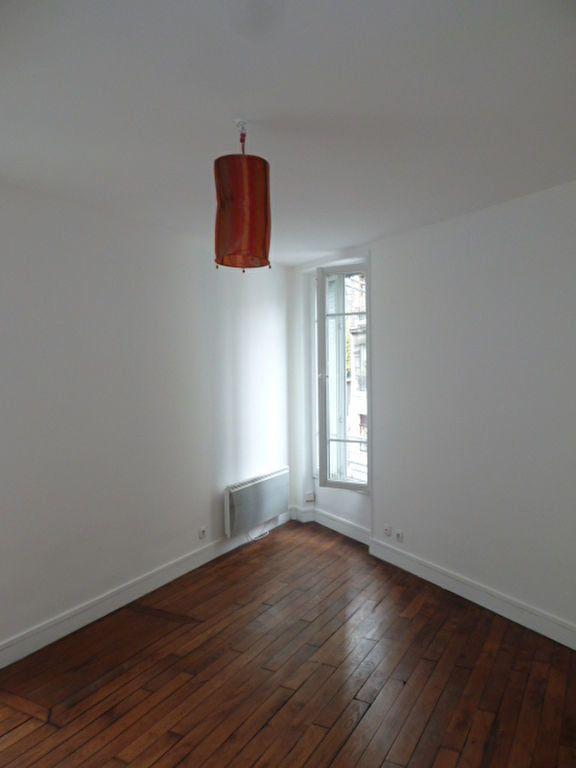 Appartement à louer 2 31.9m2 à Saint-Ouen vignette-5