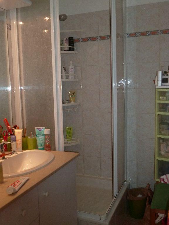 Appartement à louer 5 110.52m2 à Issy-les-Moulineaux vignette-8