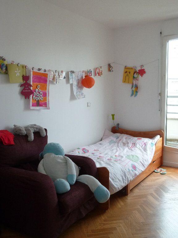Appartement à louer 5 110.52m2 à Issy-les-Moulineaux vignette-9